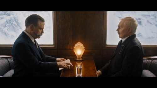 Murder.on.the.Orient.Express.201_T2_Video---1.mkv_20180214_153902.810.jpg