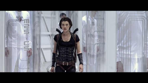 Resident-Evil-Afterlife-2010-Blu-ray-iPad-720p-AAC-x264-CHDPAD.mp4_20180320_215658.602.jpg